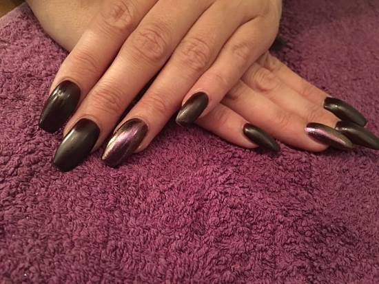 acrylic-nail-salon-in-wakefield-coffin-nails-ballerina-nails