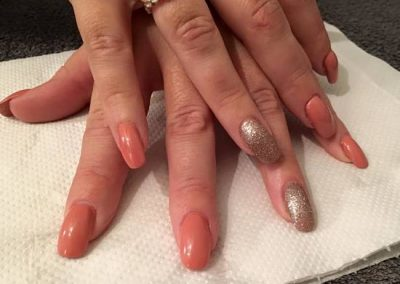 acrylic-nail-salon-in-wakefield-nails-wakefield-extensions-with-glitter